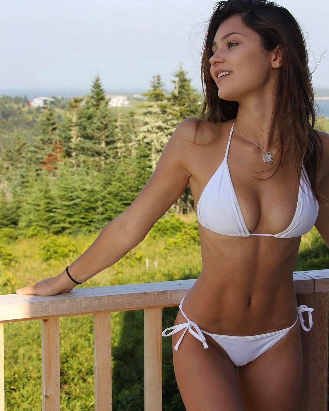 Nude Outdoor Babes
