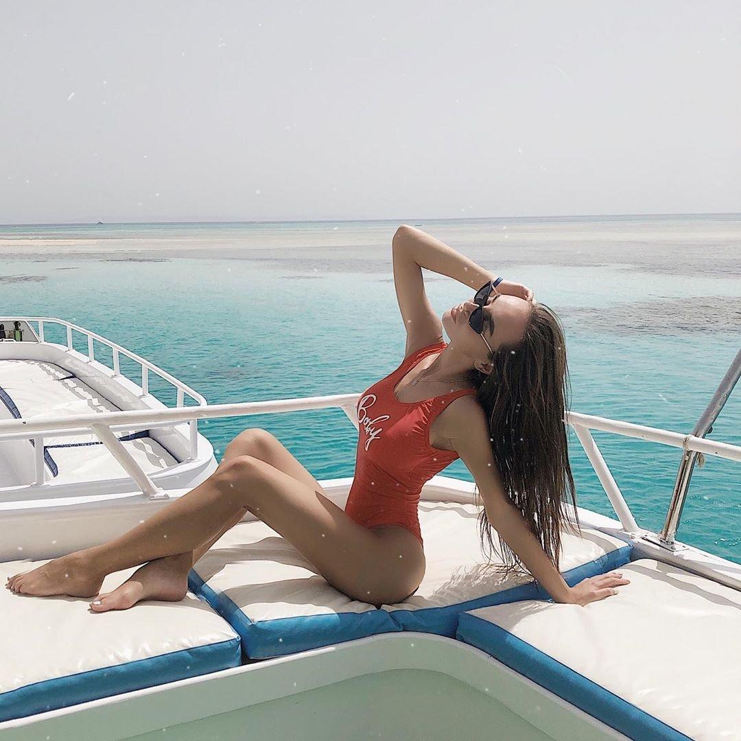 Подруга Brodude: Тиба Мария фото на яхте