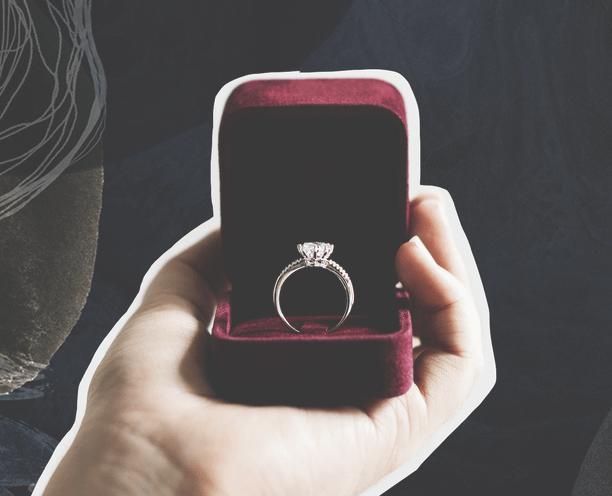 Внимание к деталям: как подобрать украшение в подарок близкому человеку
